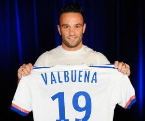 Mathieu VALBUENA - 11.08.2015 - Presentation du nouveau joueur de Lyon Photo : Jean Paul Thomas / Icon Sport