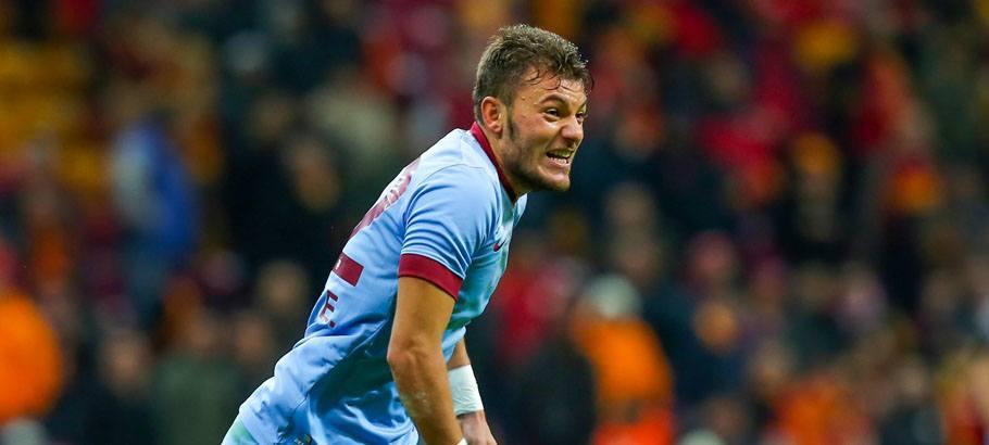 Yusuf Erdogan - 22.11.2014 - Galatasaray / Trabzonspor - Super Lig Photo : Seskim / Icon Sport *** Local Caption ***