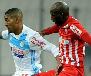 William VAINQUEUR of Marseille and Alou DIARRA of Nancy  during the Ligue 1 match between Olympique de Marseille and AS Nancy-Lorraine at Stade Velodrome on December 4, 2016 in Marseille, France. (Photo by Mathieu Valro/Icon Sport)