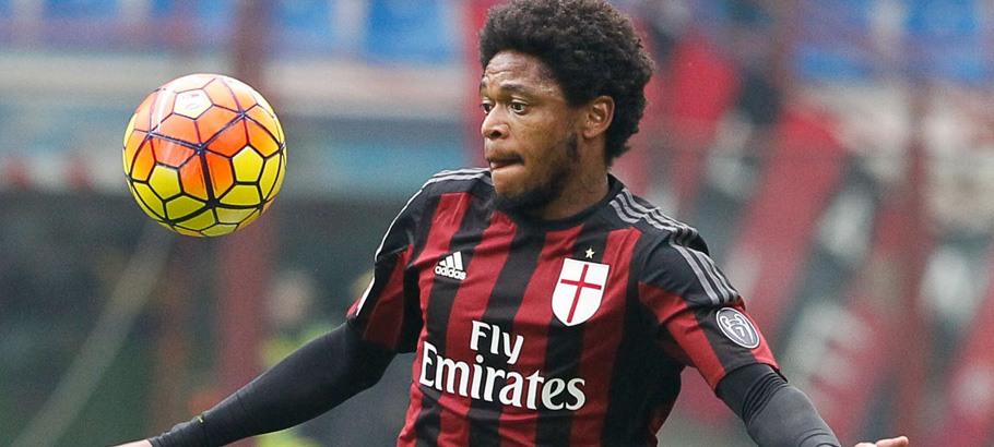 Luis ADRIANO / Jacopo SALA - 13.12.2015 - Milan AC / Hellas Verone - 16eme journee de Serie A Photo : IPP / Icon Sport