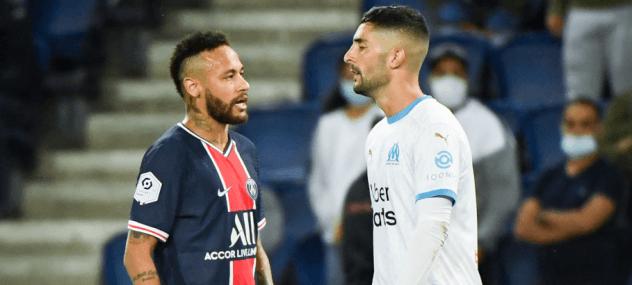 Alvaro Gonzalez face à Neymar